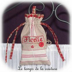 cuisine sac ficelle écru beige rouge toile matelas dijon gien chatillon loire couture création décoration ameublement fait main le temps de la couture