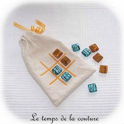pochette jeu voyage morpion écru bleu turquoise jaune canari dijon gien chatillon loire couture création décoration ameublement fait main le temps de la couture
